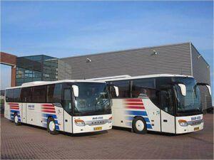 50 en 62 persoons touringcar