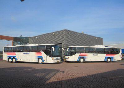 56- en 60- persoons touringcar