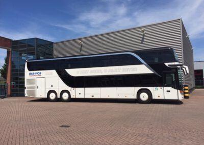 Bus van BAB Vios die ingezet wordt voor schoolreisjes