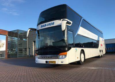 82 Personen bus